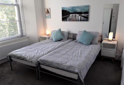 myrivierareatreat.co.uk self catering Torquay bedroom 10 2
